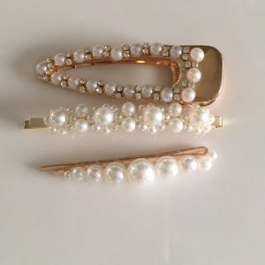 Accessories - Pearls hair clips